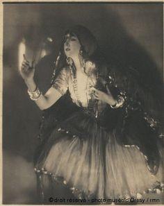 Adolphe (baron) De Meyer La danseuse Ruth Saint Denis vers 1907