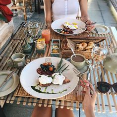 "prettyfrwns: "" Eggs benny for brekkie! Ready for a full day of adventures w @wapadiume  #bali #ubud (at Wapa di Ume Resort & Spa) """