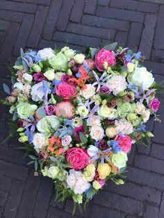 Floral Wreath, Pastel, Wreaths, Home Decor, Floral Crown, Cake, Decoration Home, Door Wreaths, Room Decor