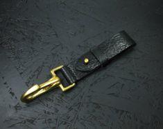 Personalizados hechos a mano de latón gancho correa suspensión para llevar bolsillo de las llaves / EDC - negro