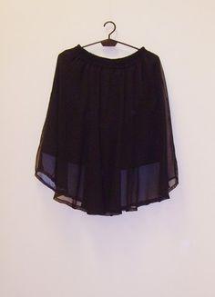 Kup mój przedmiot na #vintedpl http://www.vinted.pl/damska-odziez/spodnice-rozkloszowane/21696189-spodnica-szyfonowa-rozkloszowana-midi-czarna-34-36-38-na-gumie
