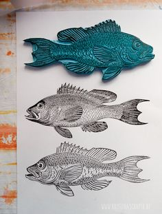 woodcuts prints printmaking / carving a fish stamp - printmaking Stamp Printing, Screen Printing, Doodle Drawing, Stamp Carving, Handmade Stamps, Linoprint, Fish Print, Linocut Prints, Art Plastique