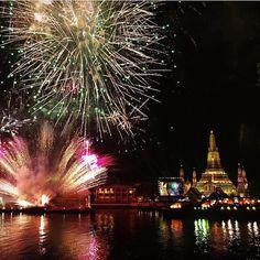 New Years Eve Bangkok style! # Thailand courtesy of @linda_massignan https://plus.google.com/+Jpkc13/posts/RGmn7TwaX5B