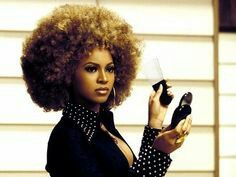 Beyonce as Foxy Cleopatra :))) Foxy Cleopatra, Beyonce Pictures, Foxy Brown, Beyonce Style, Afro Textured Hair, Vintage Black Glamour, Beyonce Knowles, Queen B, 70s Fashion