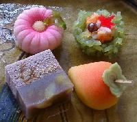 鉢の木の上生菓子