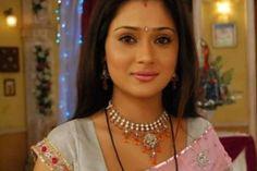 Sara Khan in saree - Sara Khan Rare and Unseen Images, Pictures, Photos & Hot HD Wallpapers