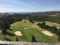 Beliggende i et strategisk sted på Costa del Sol, er Doña Julia en golfbane, som er perfekt integreret i det naturlige landskab i området og skiller sig ud for sin storslåede udsigt over Middelhavet.