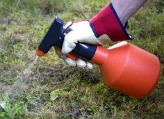 désherber jardin mauvaise herbe liquide vaisselle