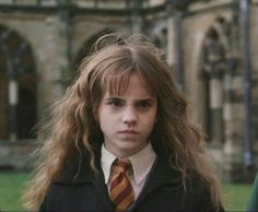 """Emma in """"Harry Potter And The Chamber Of Secrets"""" Harry Potter Icons, Harry Potter Aesthetic, Harry Potter Facts, Harry Potter Universal, Harry Potter Characters, Harry Potter World, Hermione Granger, Harry Potter Hermione, Ron Weasley"""