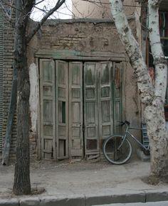 Old door - Tabriz, Azarbayjan-e Khavari