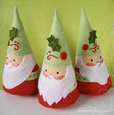 simply card and felt #uTAKE then these little #Santa people #uMAKE