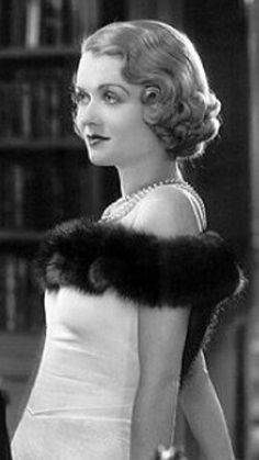 Constance Bennett was an American stage, film, radio and television actress. She was a major Hollywood star during the and Old Hollywood Movies, Golden Age Of Hollywood, Hollywood Glamour, Hollywood Stars, Hollywood Actresses, Classic Hollywood, Mae West, Constance Bennett, Joan Bennett