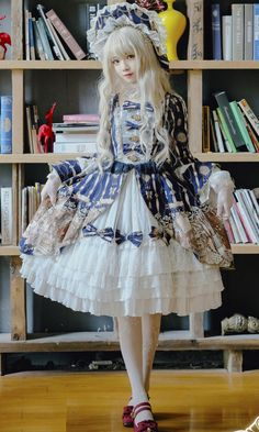 LolitaWardtobe - Bring You the latest Lolita dresses, coats, shoes, bags etc from Trustworthy Taobao indie Brands. We never resell Lolita items from untrustworthy Taobao stores. Harajuku Fashion, Kawaii Fashion, Lolita Fashion, Quirky Fashion, Cute Fashion, Asian Fashion, Estilo Lolita, Lolita Cosplay, Mode Lolita