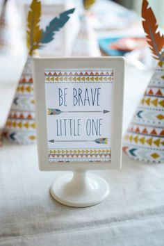 picture of be brave little one baby shower wall art