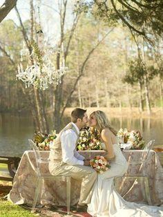 romantic-chandeliers-ideas-for-wedding-decor-600x800.jpg (600×800)