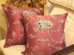 Applique animal print  Indian pink floral embroidery by SABDECO, €39.00