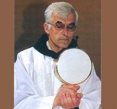 Fr. Slavko Barbaric fue uno de los grandes iniciadores, precursores y animadores de Medjugorje. Trabajó incansablemente con los peregrinos de Medjugorje...