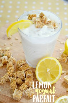 If you need a quick breakfast or a tasty afternoon snack, try making one of these gluten free yogurt parfaits! Lemon yogurt parfait recipe!