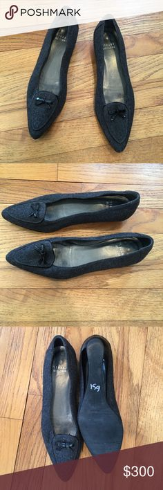 Stuart Weitzman Wool Pointy Toe Flats - Size 6 Stuart Weitzman Wool Pointy Toe Flats - Size 6 - Hardly Worn.  There is no wear to the sole, however on the right shoe there is some wear on the black trim.  Not noticeable from afar, but nevertheless it exists.  Color is grey/black.  Great value!!  Get it cheaper on Ⓜ️erc Stuart Weitzman Shoes Flats & Loafers