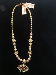 Diamond Necklaces, Diamond Jewellery, Diamond Pendant, Pearl Jewelry, Gold Jewelry, Gold Designs, Gold Jewellery Design, Gold Pearl, Stones