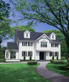 ニューイングランド様式 Dream Home Design, House Design, Exterior Paint Colors, Story House, Room Inspiration, Colonial, Beautiful Homes, New Homes, Home And Garden