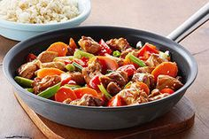 The use of chicken thighs ensures the meat will stay nice and juicy in this delicious stir-fry!