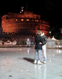 A Skating Kiss in front of Castel Sant'Angelo in Rome