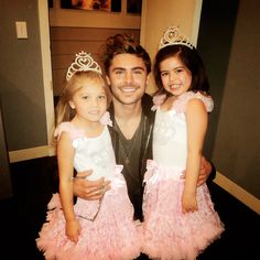 Jealous of these little British girls! Pictures with Zac and Tea with Taylor?