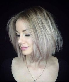 Highly Recommended Fine Lob Hairstyles for Women to Look Distinguishable This Year Older Women Hairstyles, Great Hairstyles, Latest Hairstyles, Lob Hairstyles, Hairstyle Ideas, Fresh Hair, Short Hair With Layers, Hair Trends, Short Hair Styles
