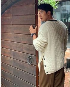 Hyun Bin • Kim Tae Pyung Hyde Jekyll Me, Ha Ji Won, Hyun Bin, David Gandy, Dream Guy, Best Couple, My Crush, Korean Actors, Kdrama