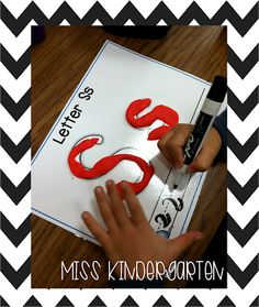 Miss Kindergarten: Literacy Center Ideas!
