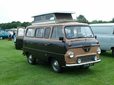 1964 Ford Thames Camper - I have one of these - as a Corgi model. Teardrop Camper Trailer, Camper Caravan, Camper Van, Vintage Rv, Vintage Vans, Classic Campers, Classic Trucks, T1 Samba, Rv Motorhomes