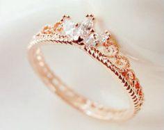 Oro rosa corona anillo  anillo de compromiso en por ZakviJewels