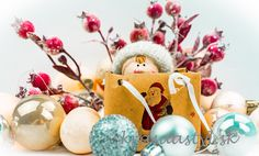 Darček na poslednú chvíľu: Môžeš zostať doma a nepotrebuješ ani kuriéra! Christmas Ornaments, Holiday Decor, Home Decor, Decoration Home, Room Decor, Christmas Jewelry, Christmas Decorations, Home Interior Design, Christmas Decor