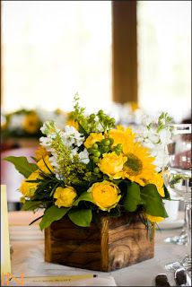 Fall Flower Arrangements - idea here is the square vase.Fall Flower Arrangements - idea here is the square vase. Curious what we need to keep in mind when working with a square vase vs. How to Create. Easter Flower Arrangements, Fall Flower Arrangements, Easter Flowers, Spring Flowers, Flowers Garden, Sunflower Centerpieces, Floral Centerpieces, Wood Box Centerpiece, Deco Floral
