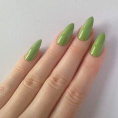 48 Cool Stiletto Nails Designs To Try + Tips Minimalist Nails, Nail Swag, Funky Nails, My Nails, Nail Art Vernis, Long Stiletto Nails, Nagellack Design, Fire Nails, Heart Nails