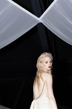 Spectral – Photographer Paley Fairman connects with former America's Next Top Model contestant Allison Harvard for our latest exclusive. Harvard Photography, Platinum Hair Color, Pure Platinum, Allison Harvard, Adrianne Curry, America's Next Top Model, Celebs, Celebrities, Photoshoot Inspiration