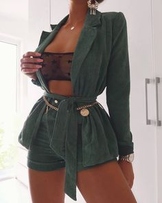 How To Get And Buy Gorgeous Stylish Clothes – Clothing Looks Fashion Mode, Fashion Killa, Look Fashion, Autumn Fashion, Womens Fashion, Fashion Trends, Fashion Edgy, Fashion Ideas, Classy Fashion