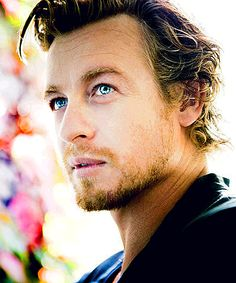 Simon Baker ~~ I could swim in those blue eyes ♥ ♥