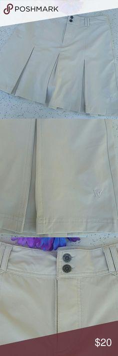 "🌺🌹WHITE SIERRA SKORKT🌹🌺 In excellent like new condition.  Cream color. Size 6. . Hidden pocket with velcro closure.  Length about 18"". White Sierra Shorts Skorts"