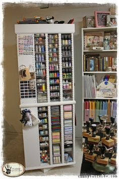 CRAFTY STORAGE: Too many cute studio ideas!
