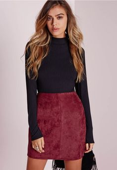 Burgundy is one of THE hottest colours of autumn/winter, in faux suede, this mini skirt is the shizzle. In totally on trend A line style with side zip fastening and super soft finish, pair this baby with a black polo neck and knee high boot...