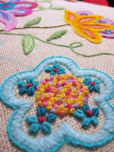 Crewel Embroidery This Technique will be taught at Studio Stitch