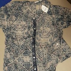 Women's top Never worn, tags still attached. Super cute top, need any cami or tank under it.. Was just too big for me so it's just hanging out in my closet.. Look great with sperry's and capris.. ?? I love to bundle! Please see bundle discount.. Cato  Tops Blouses