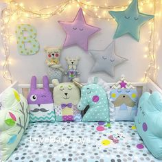 Job for baby Cute Pillows, Baby Pillows, Quilt Baby, Sewing For Kids, Baby Sewing, Baby Bedroom, Kids Bedroom, Baby Decor, Nursery Decor