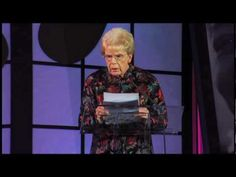 """With the timing of a professional comedian, this diminutive """"little old lady"""" (Mary Maxwell) shines a very funny light on the foibles of aging, to the delight of an audience filled with senior-care experts. What did you think of this sweet little lady? Funny Prayers, Old Age, Humor, Caregiver, Just For Laughs, Getting Old, Make Me Smile, I Laughed, Laughter"""