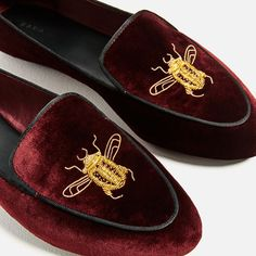 Image 3 of FLAT VELVET SHOES WITH EMBROIDERY DETAIL from Zara