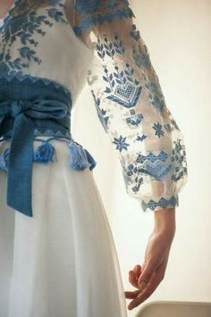 Stylish dress with embroidered geometric ornament women maxi dress with embroidery – Artofit Hijab Fashion, Fashion Dresses, Dress Outfits, Dress Up, Hijab Stile, Organza, Blue And White Dress, Embroidered Clothes, Embroidered Blouse