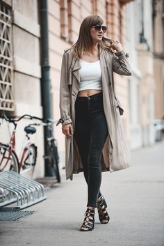 Katiquette. street style: Camel trench.