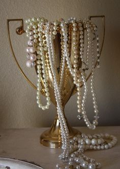 Display your beautiful baubles in a trophy for a winning #glam look!